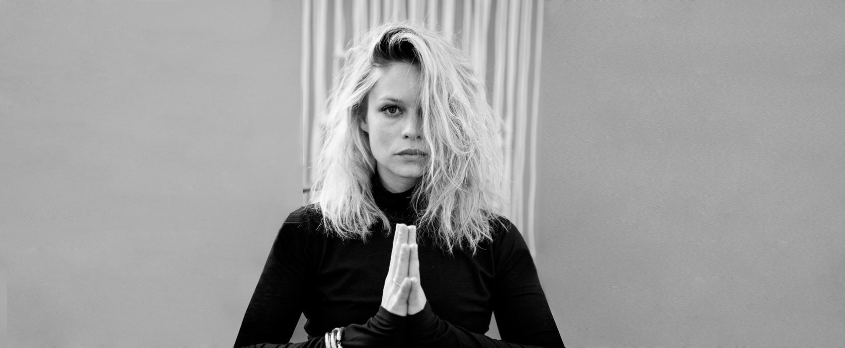 O.MY.YOGA–ULM, Anna Altrichter Yoga Lehrerin Ashtanga/Hatha und RYT500h aus Ulm. Yoga Kurse für Asthanga, Vinyasa und Hatha. Yoga Kurse für Firmen, Kooperationen mit Firmen.