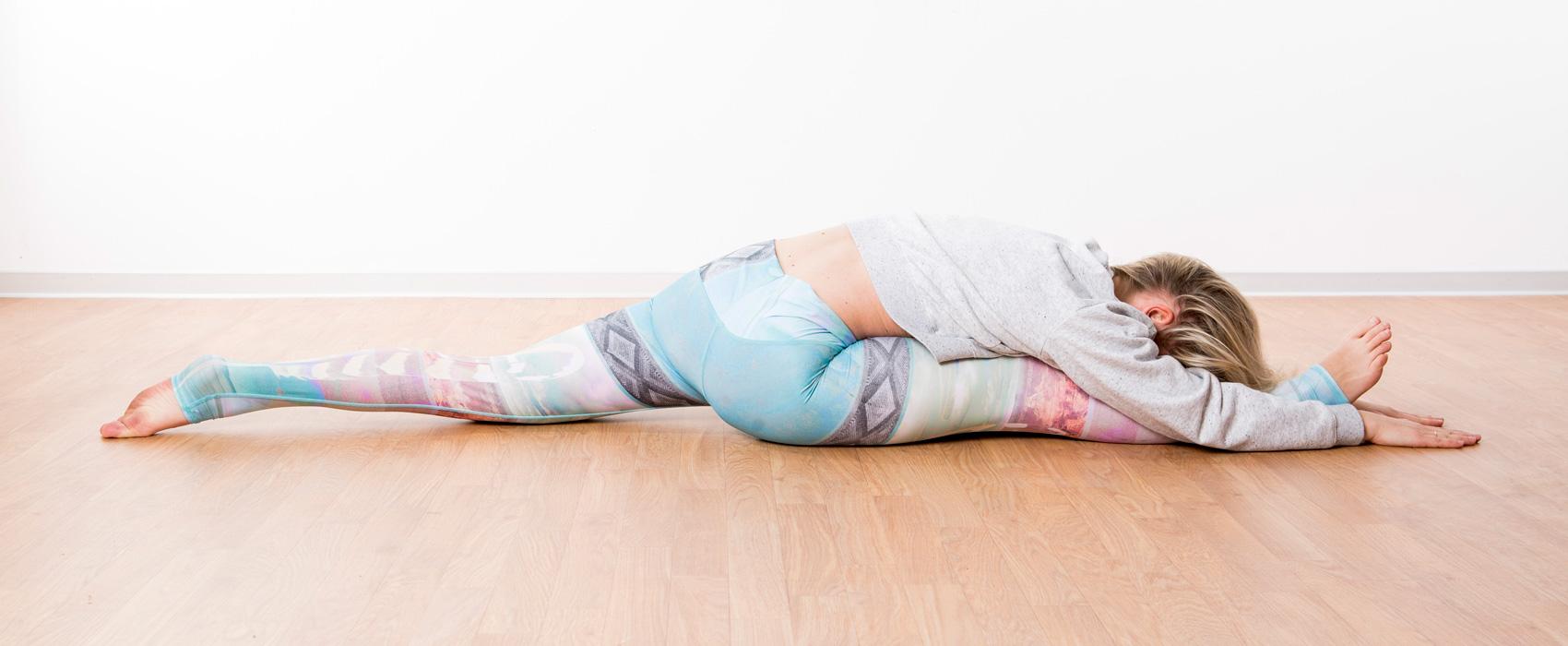 O.MY.YOGA Ulm, Langenau, Anna Altrichter Yoga Lehrerin Ashtanga/Hatha und RYT500h aus Ulm. Yoga Kurse für Asthanga, Vinyasa und Hatha. Yoga Kurse für Firmen, Kooperationen mit Firmen.