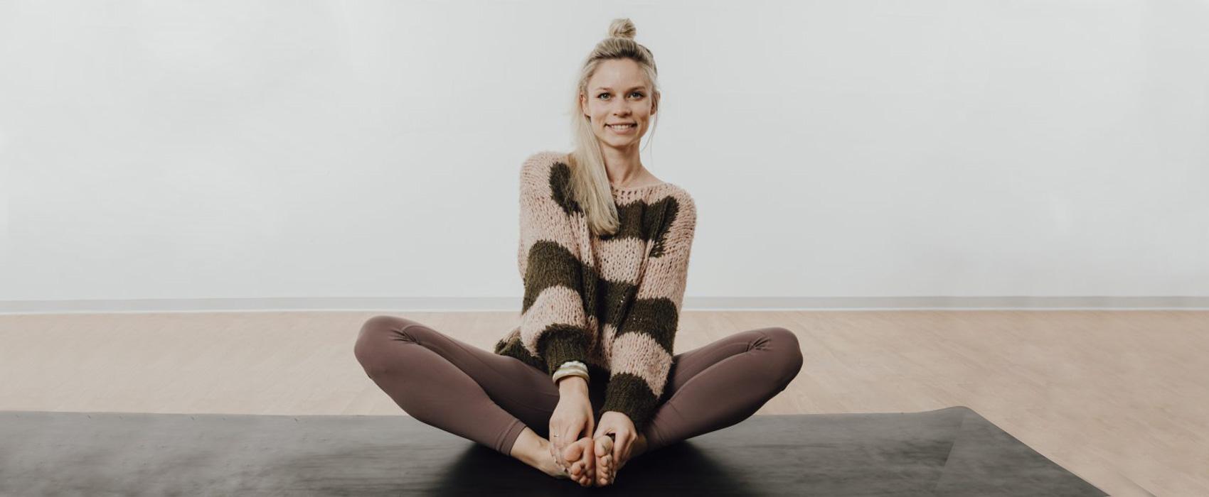O.MY.YOGA Ulm, Anna Altrichter Yoga Lehrerin Ashtanga/Hatha und RYT500h aus Ulm. Yoga Kurse für Asthanga, Vinyasa und Hatha. yoga ulm